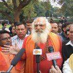 Hindu litigant Mahant Dharamdas speaking to mediapersons after the Ramjanambhoomi-Babri Masjid title suit hearing/Photo: Anil Shakya
