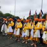 A traditional procession of Sikhs with kirpans in Birmingham/Photo: twitter.com/AppgBritSikhs