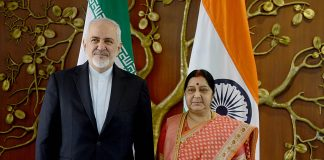 Iran FM Mohammad Javad Zarif (left) with Indian counterpart Sushma Swaraj/Photo: UNI