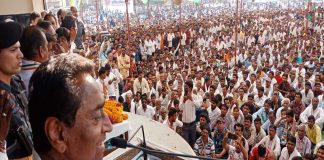 MP Chief Minister Kamal Nath at a campaign rally in Chhindwara/Photo: UNI