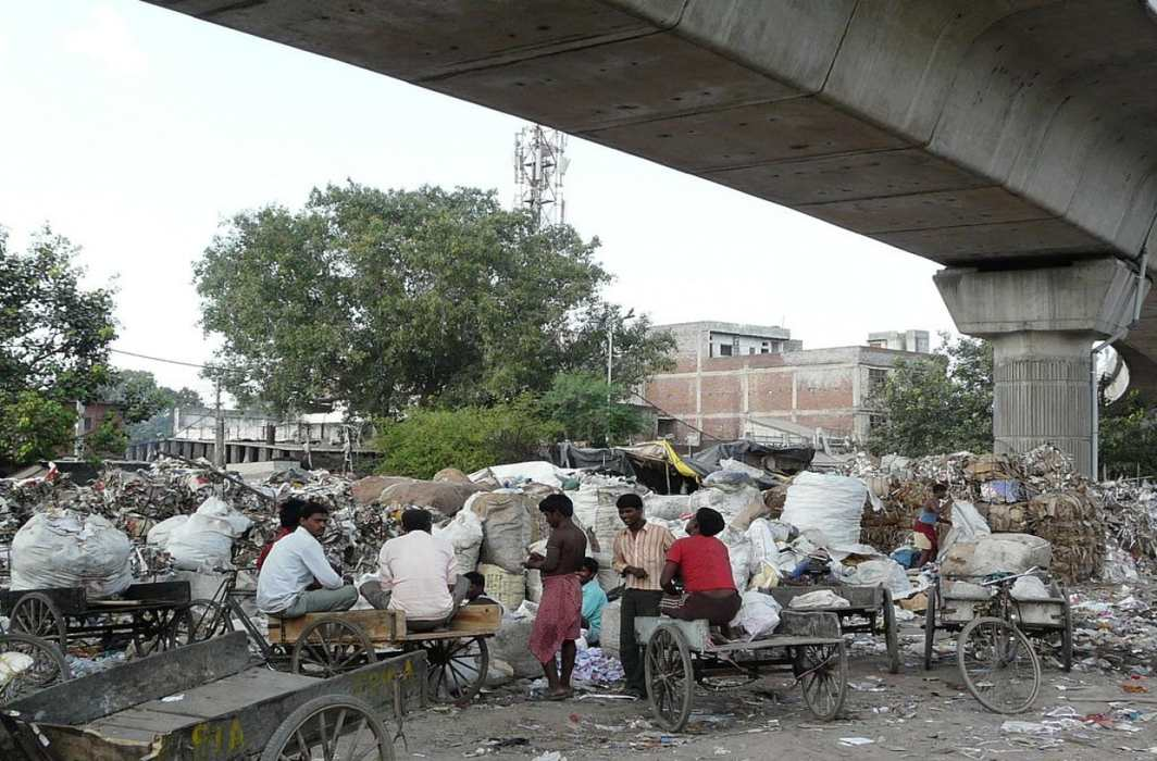 The CPCB fined the DDA for illegal waste dumping in Bawana and other places/Photo: knocksense.com