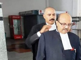 Amar Singh was a counsel for Jaya Prada in a case against SP's Azam Khan