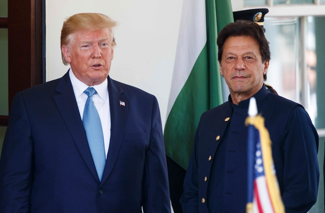 US President Donald Trump with Pak Prime Minister Imran Khan at the White House/Photo: UNI