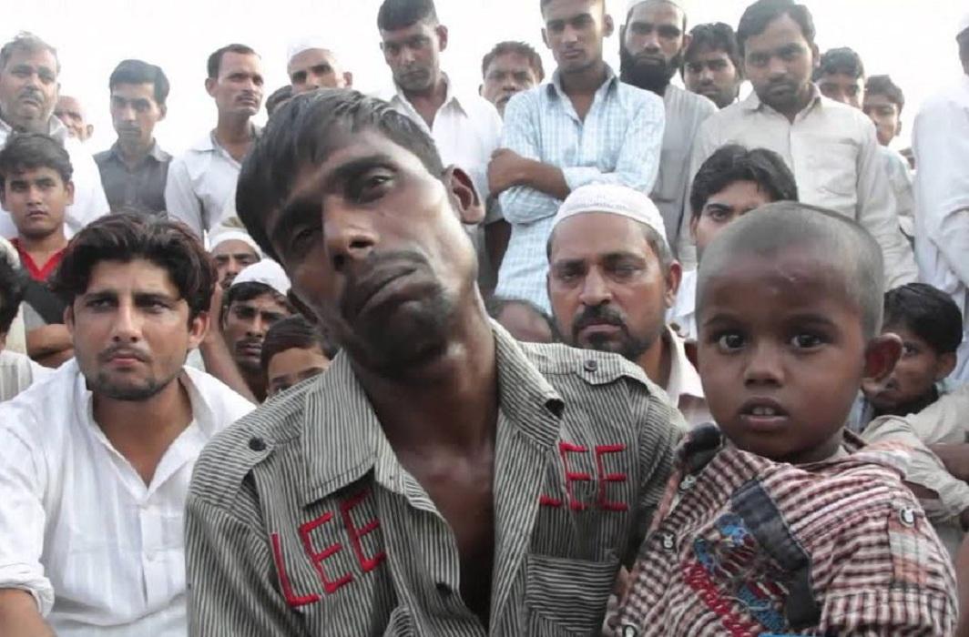Victims of the Muzaffarnagar riots who fled to Loni and areas bordering Delhi/Photo Courtesy: YouTube