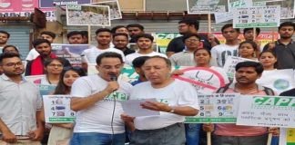 Roadshow against Single-Use Plastic in Noida; Finds support in Engg students