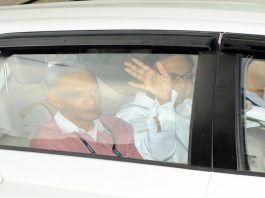 Former Finance Minister P Chidambaram being taken to the CBI court, in New Delhi/Photo: UNI