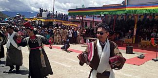 Lok Sabha MP Jamyang Tsering Namgyal celebrating on Independence Day in Leh/Photo: ANI
