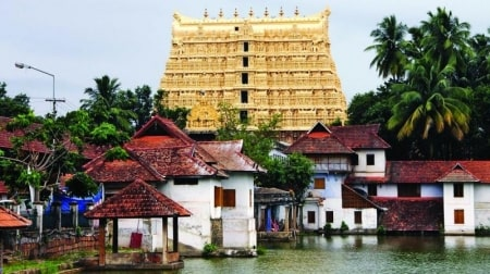 padmanabha-swamy-temple-to-be-managed-by-royal-family