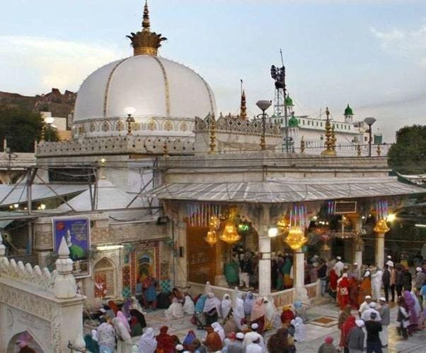 Chishti Dargah at Ajmer Sharif
