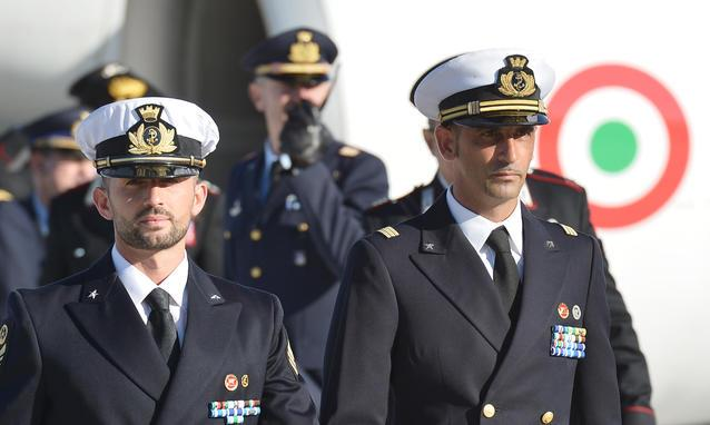 Italian marines Massimiliano Latorre (right) and Salvatore Girone