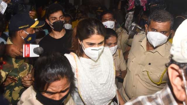 Special court in Mumbai refuses bail to Rhea Chakraborty, Showik Chakraborty & others - India Legal