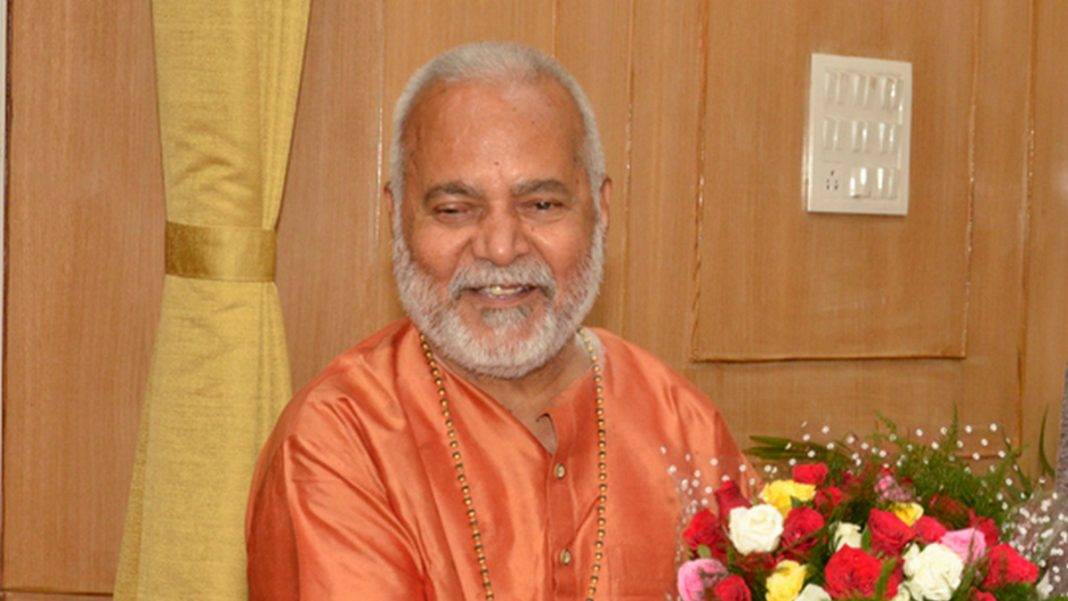 swami-chinmayanand