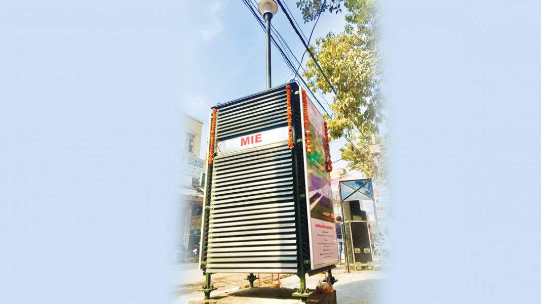 The-air-purifiers-are-approximately-12-feet-in-height-and-cover-an-area-of-1000-sq-metre