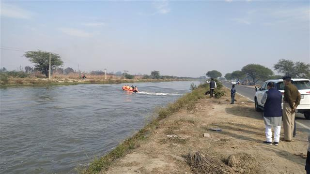 NDRF-fished-out-Body-of-Harish-Sharma