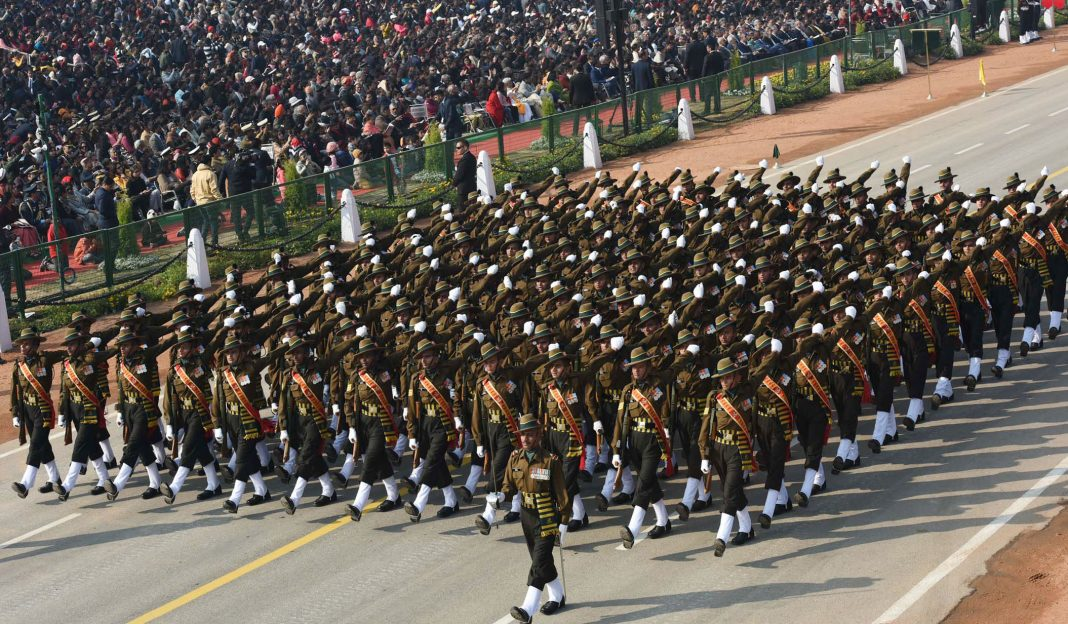 indian-soldiers-in-Army-marching