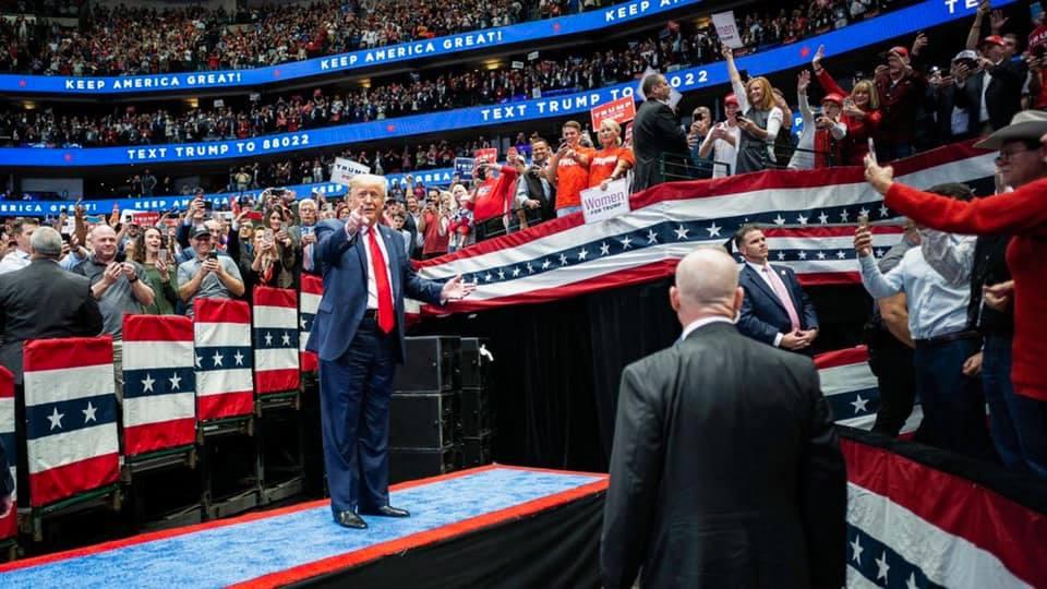 Trump-campaign-Donald-Trump