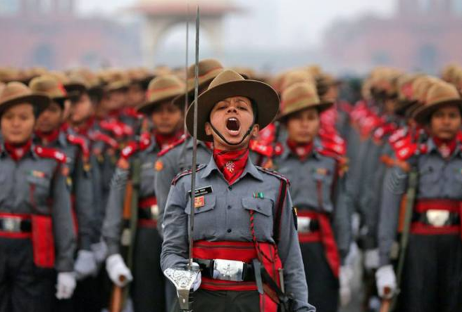 woman-army-officer