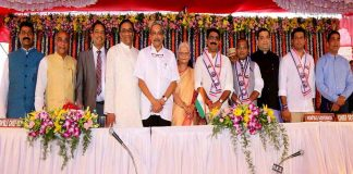 BACK IN OFFICE: Parrikar with the governor and his own ministers