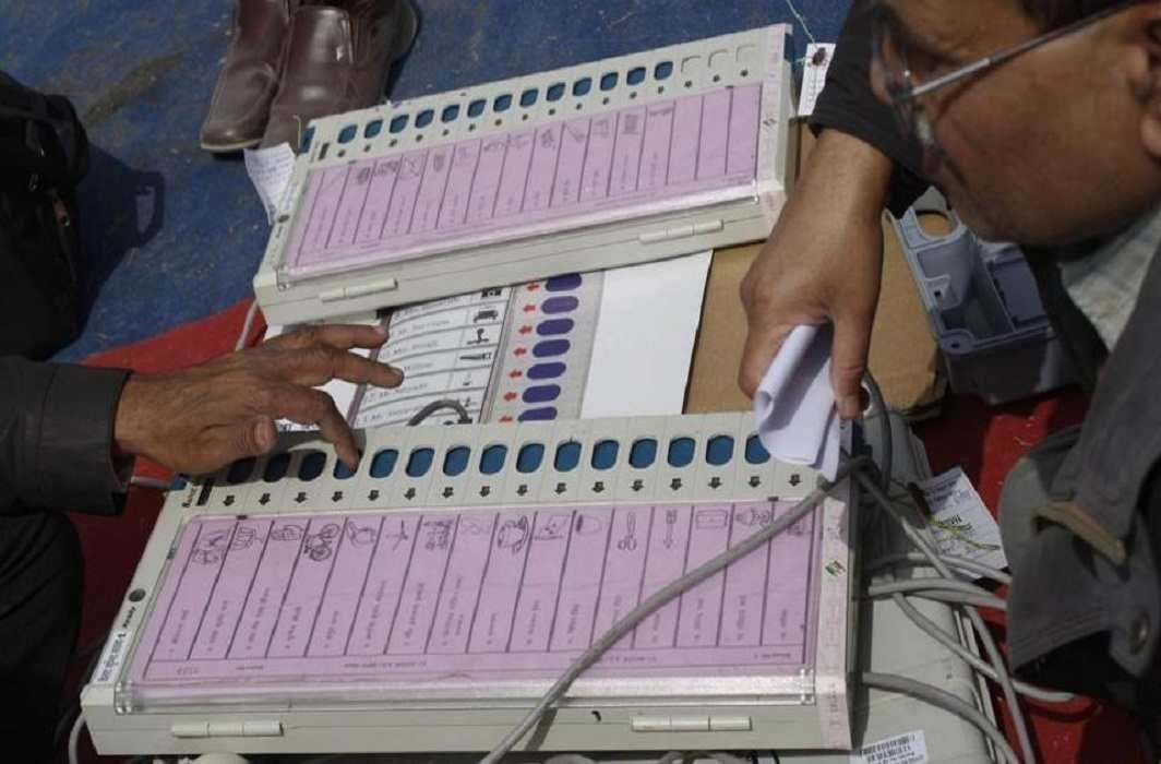 Election Commission says all EVMS to have paper trail, calls for hackathon