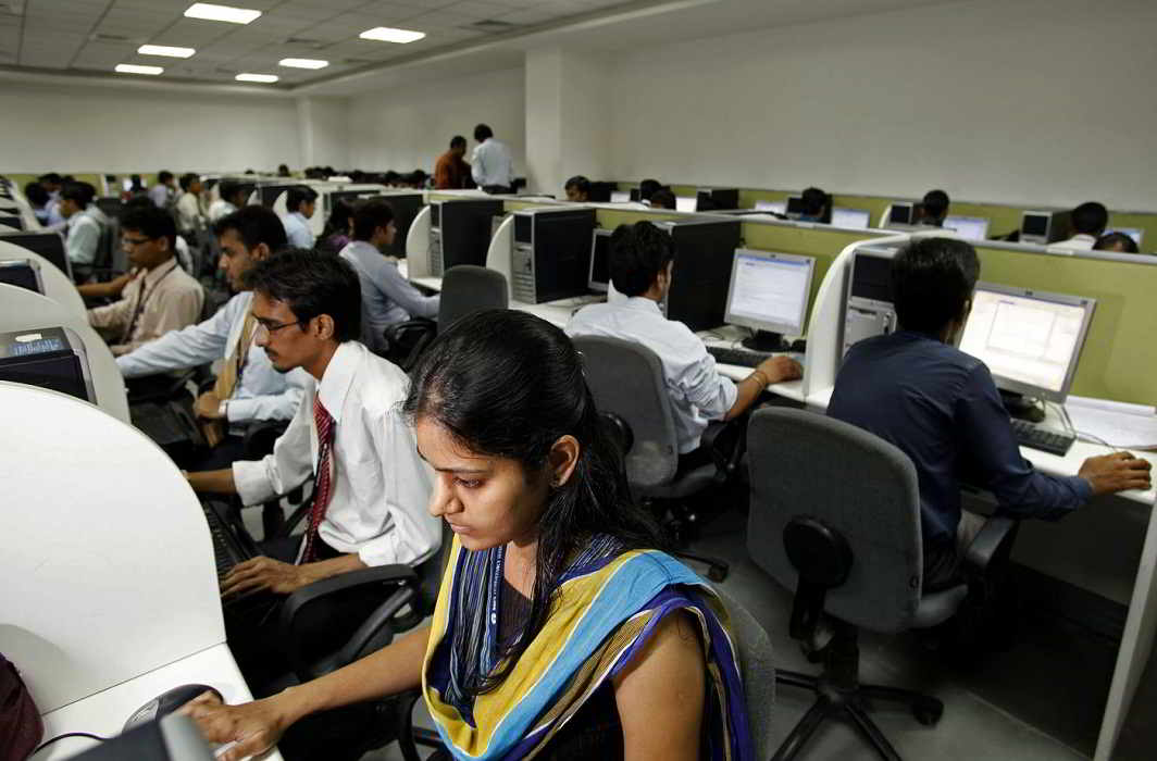 IT gloom spreads: Infosys defers salary hike to July