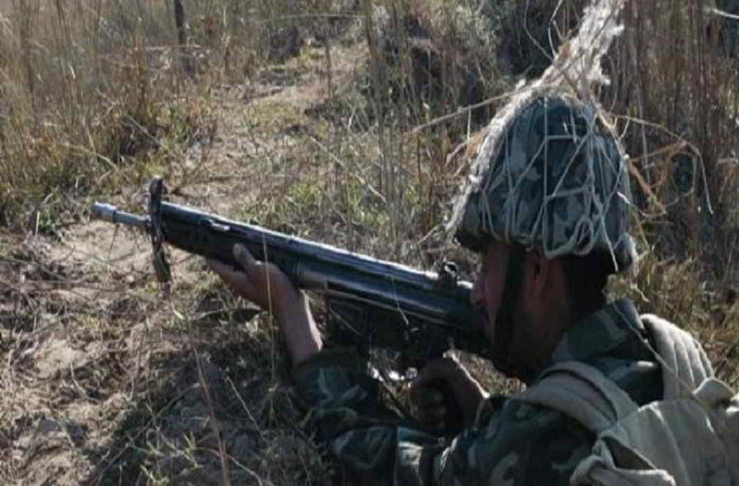 Pakistan army violates ceasefire in Nowshera sector of Kashmir, one woman killed in the firing