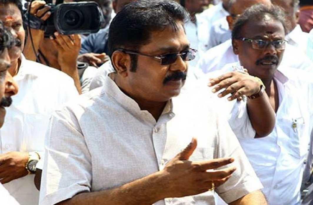 AIADMK leader TTV Dhinakaran, aide get bail in election panel bribery case