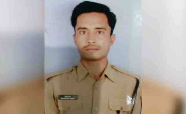 BSF constable Brijendra Bahadur Singh, posted at Chenaz outpost, died of multiple bullet injuries received in the firing by Pak Rangers