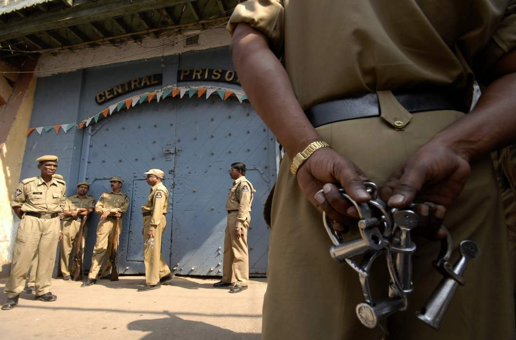 SC bats for prisoners' right to dignity, issues stern directives on prison reforms