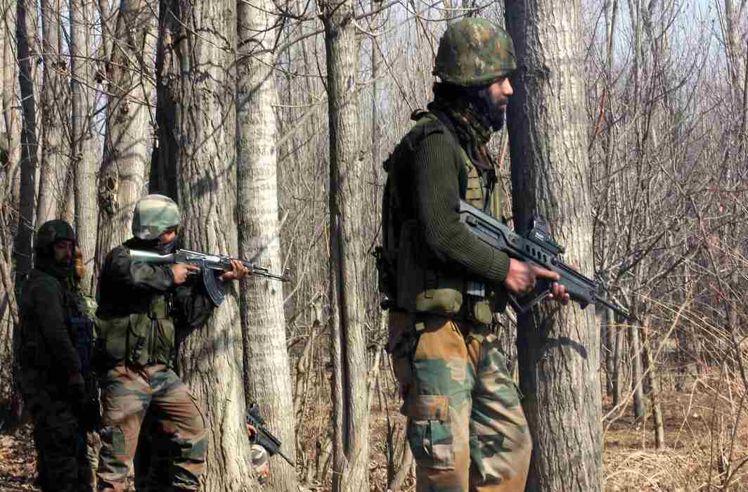 2 Air Force commandos and 2 Lashkar terrorists killed during Bandipora encounter