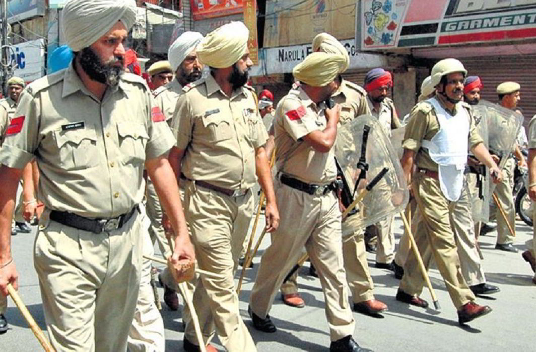 Amritsar tense as Hindu outfits call for bandh, SGPC observes Indira assassin's death anniversary