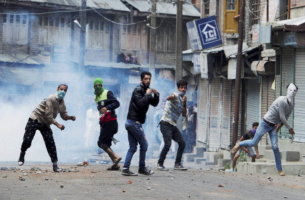 J&K government begins withdrawing FIRs against first-time stone pelters