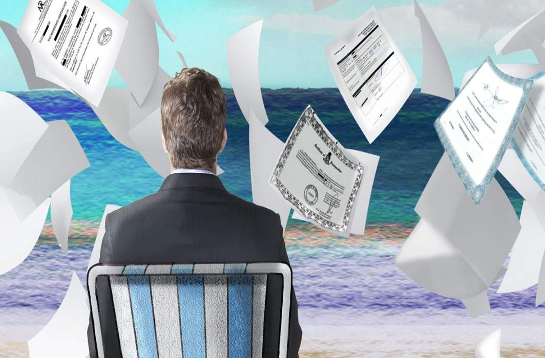 Paradise Papers leak on money in tax havens before Indian govt celebrates Anti-Black Money Day