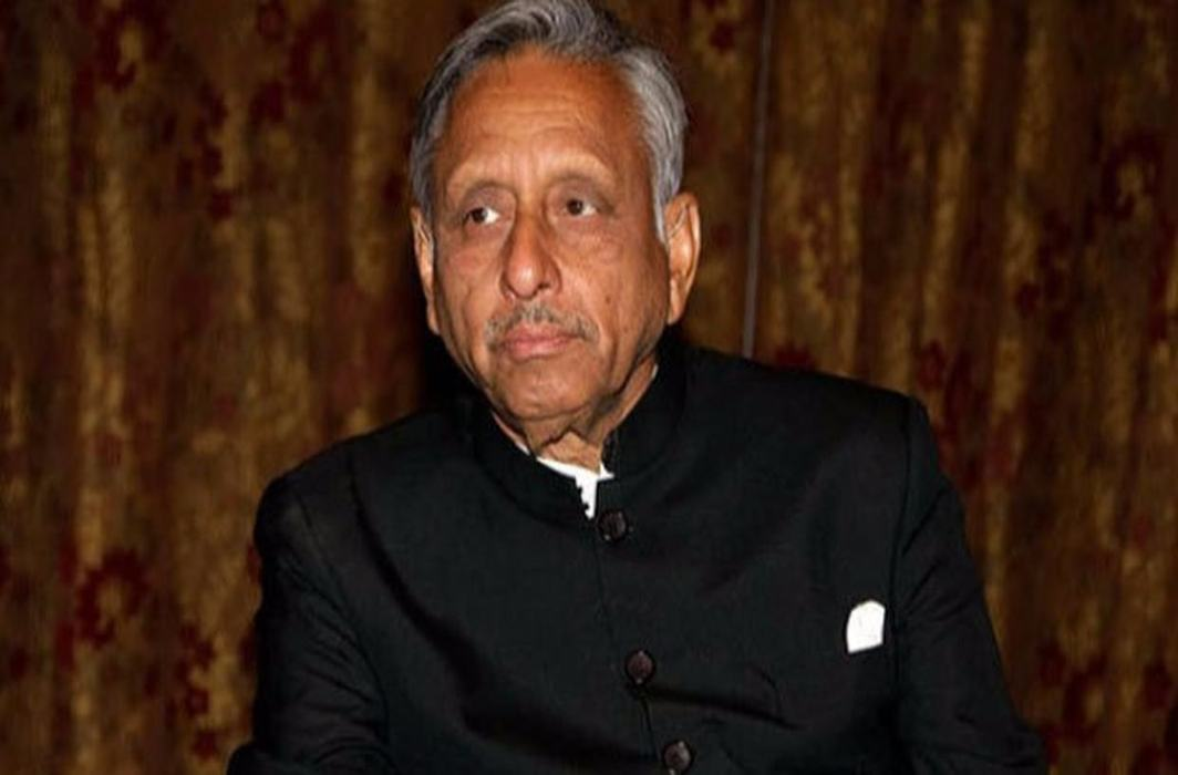Aiyar calls Modi 'neech aadmi', Rahul says apologise as PM hits out at Congress