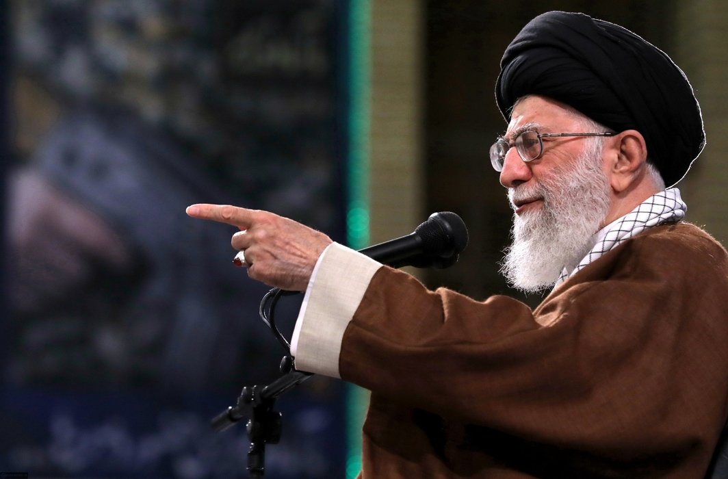 Khamenei alleges US support terrorists and authoritarian regimes in Middle East