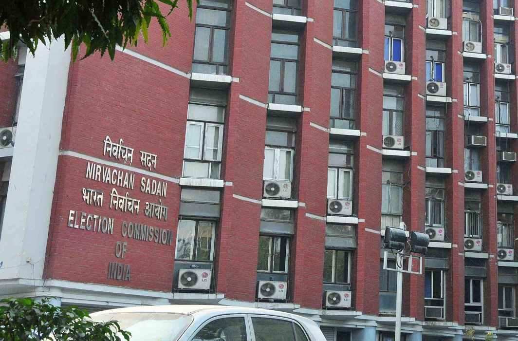 Election Commission decision on Gujarat poll dates under cloud?
