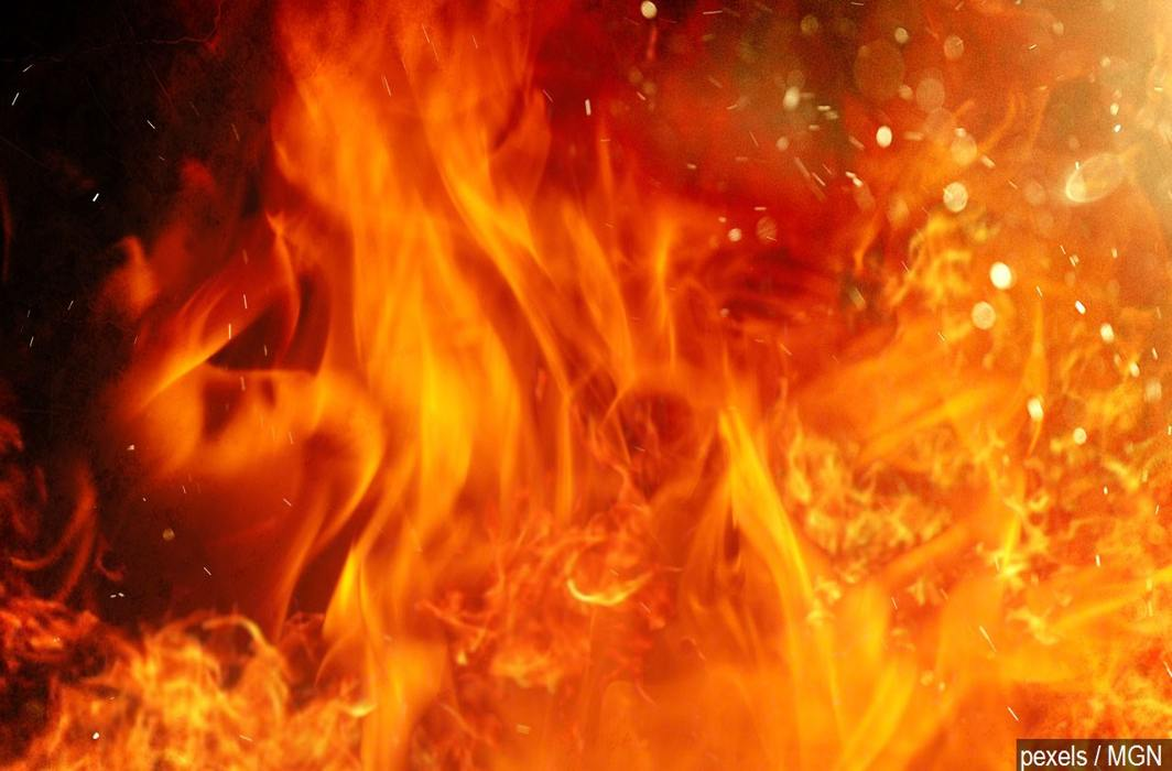 At least 12 dead as fire break out at shop in Mumbai's Sakinaka
