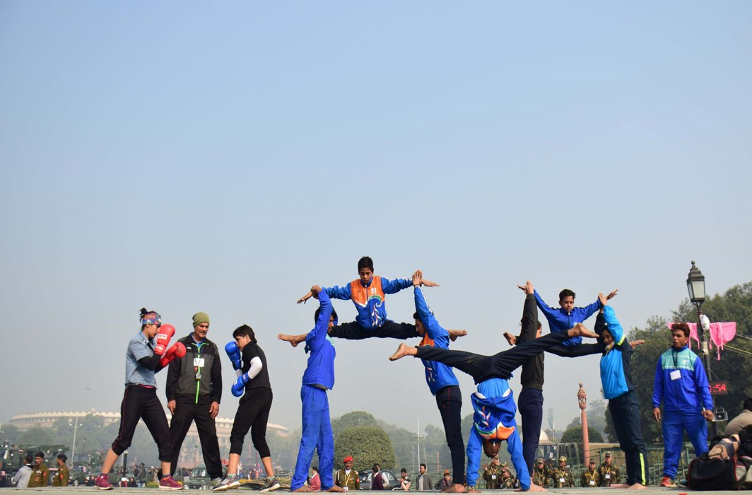 SKILLS SHOWCASE: Tableau artists perform during the rehearsal of the Republic Day parade 2018, in New Delhi, UNI