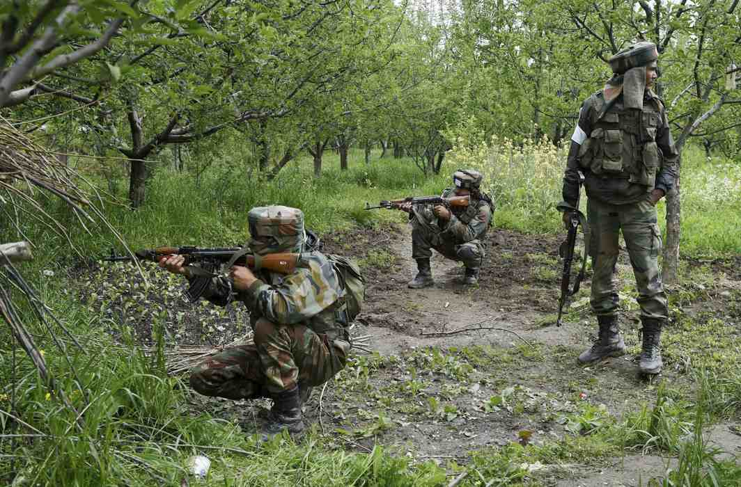 Security forces gun down two militants in South Kashmir's Anantnag