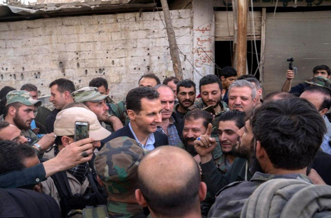Syrian President visits Eastern Ghouta frontline, civilians