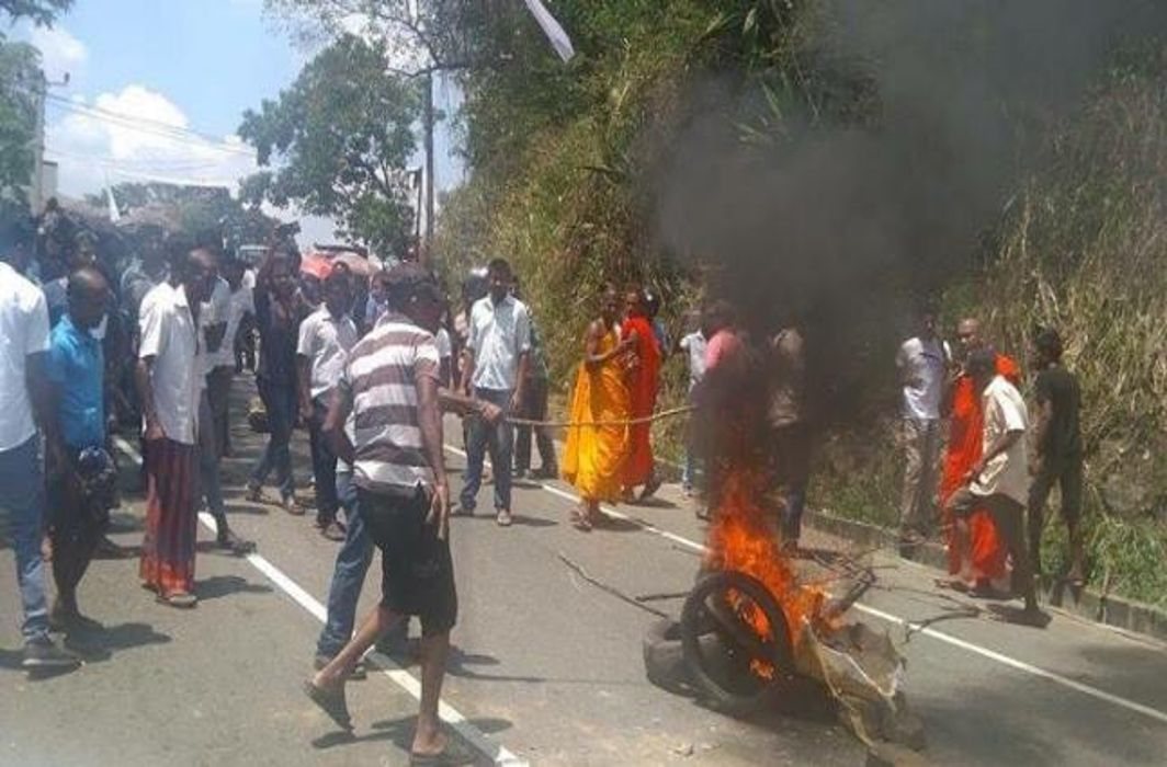 Sri Lakna declares emergency to prevent spread of communal clashes