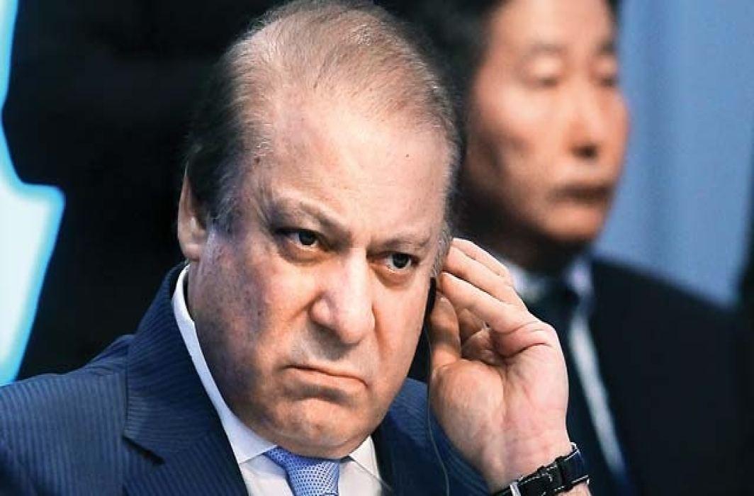 Pakistan: Supreme Court disqualify Nawaz Sharif for life
