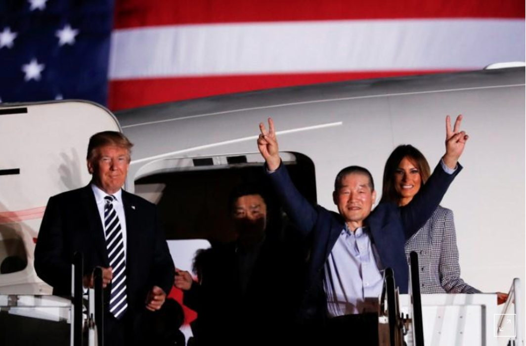 Trump reach airport to welcome US prisoners from North Korea