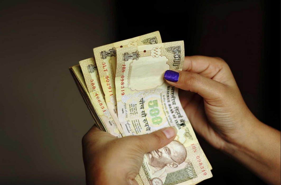 Govt may strike off 2.25 lakh companies for not filing financial statement