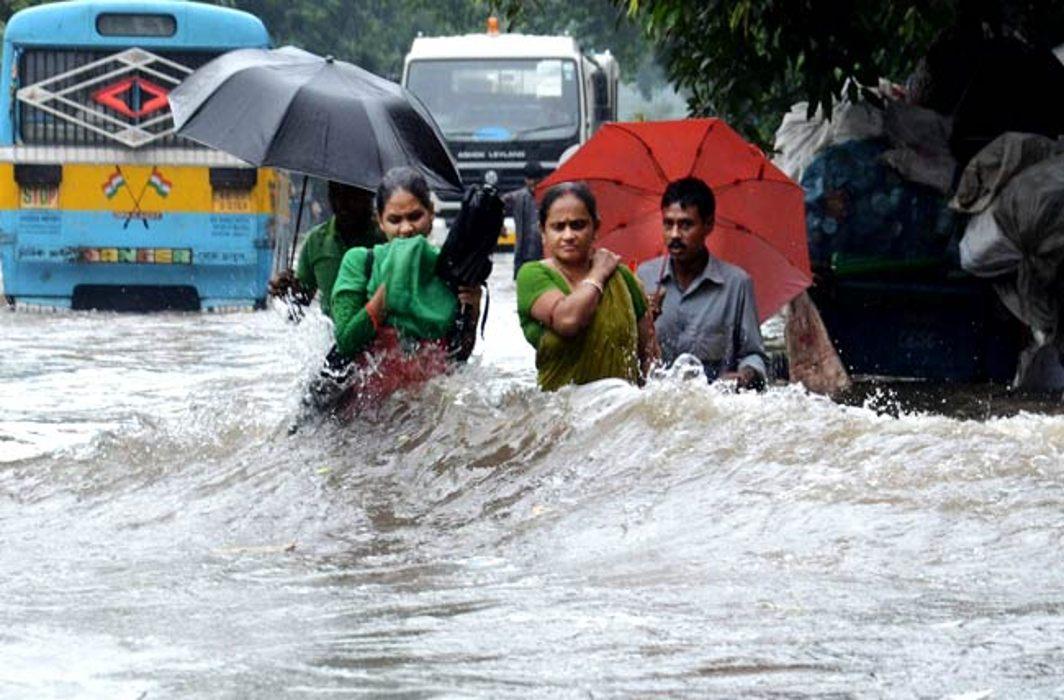Six killed, Kolkata submerged as heavy rains lash West Bengal