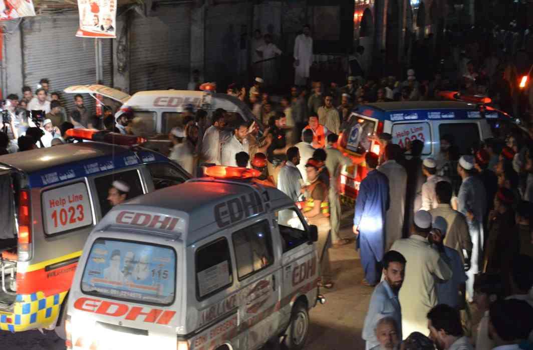 Taliban kill 20 people in suicide attack in Peshawar