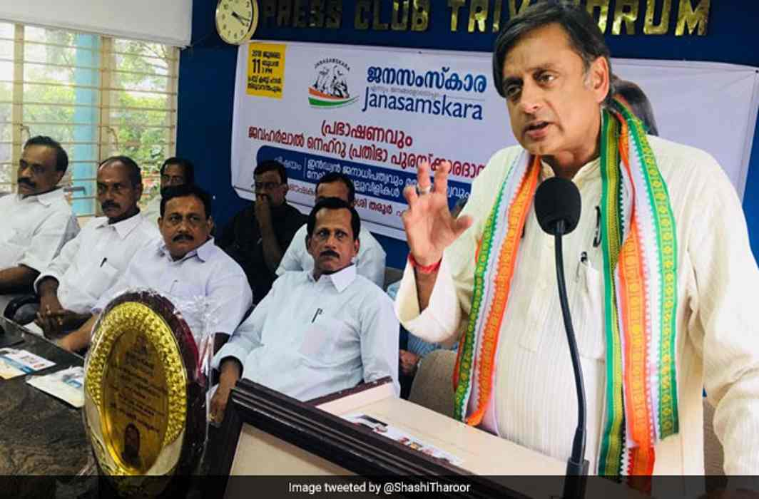 If BJP returns to power in 2019, it will turn India into a Hindu Pakistan: Shashi Tharoor