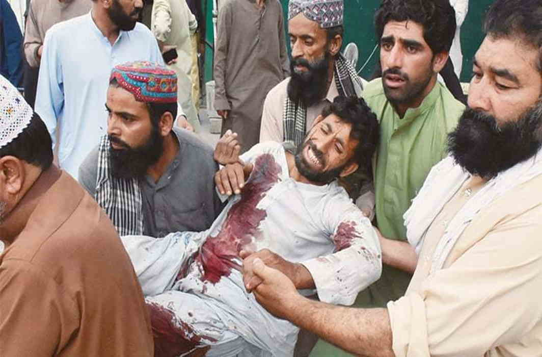 Pakistan:132 killed in two terror attacks on election rallies