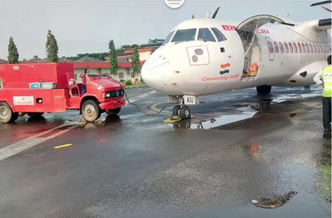 Kerala Floods: First Passenger Flight Took Off From Kochi