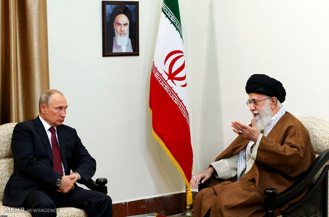 Khamenei: Iran, Russia can jointly contain US
