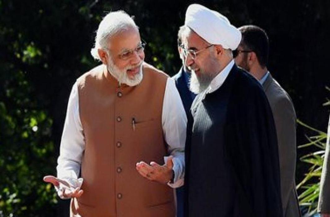 Sushma Swaraj Meets Iranian FM Javad Zarif in New York